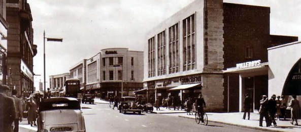 High street 1950s, Woolworth on the left