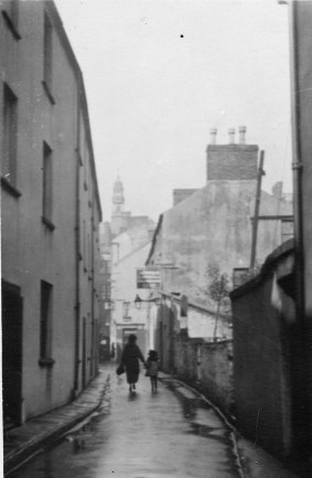 Salubrious place leading to Salubrious passage and then Wind Street