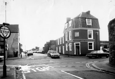 The Oystermouth in Paxton Street near the foreshore