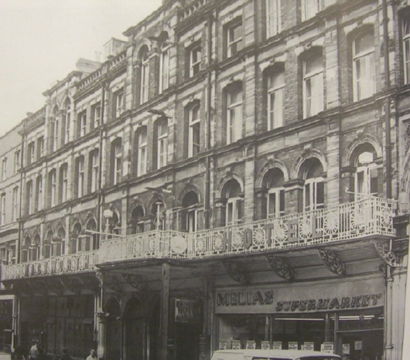 The Mackworth Hotel High Street demolished in 1971