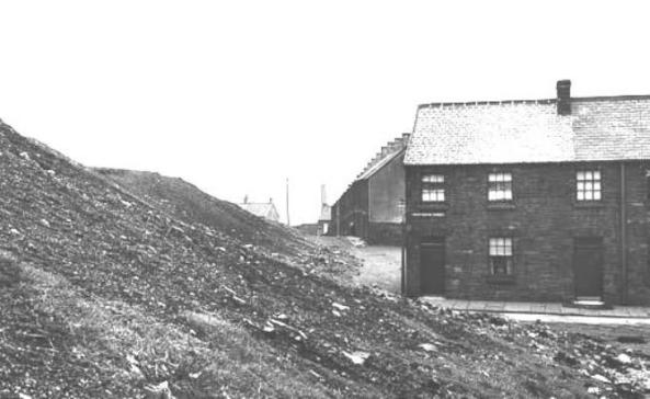 Aberdyberthdi Street Hafod in the 1930s