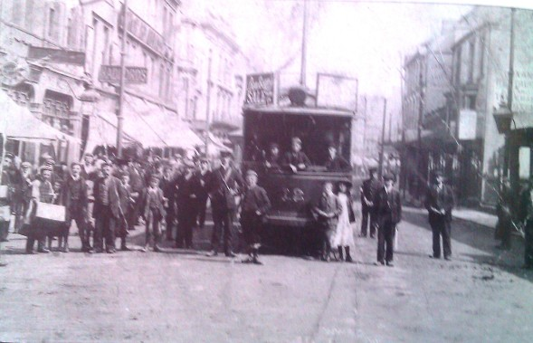 Tram in The Swansea High Street 1903