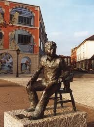 Dylan Thomas monument in the Marina