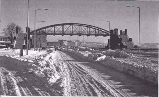 The slip bridge in the snow